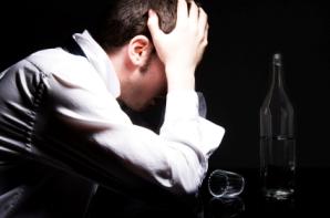 Alkoqol deliriyası nədir?