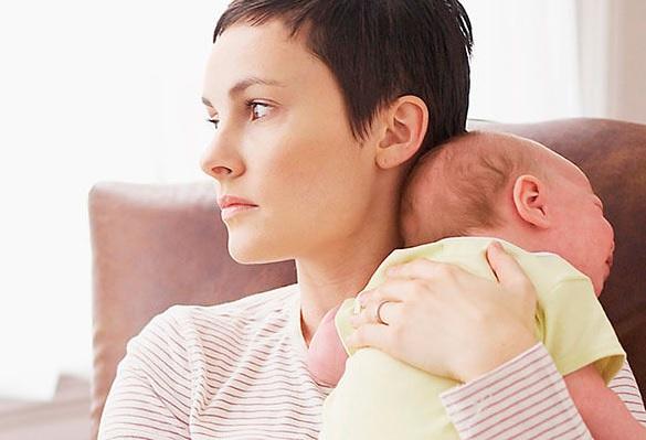 Doğuşdan sonrakı depressiyanın əlamətləri